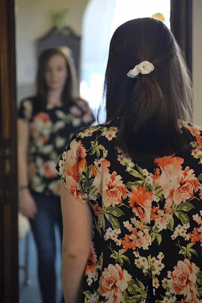En la anorexia nerviosa, la paciente sufre dismorfia, ya que estando muy delgada, cree estar gorda
